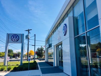 Fuccillo Volkswagen Image 6