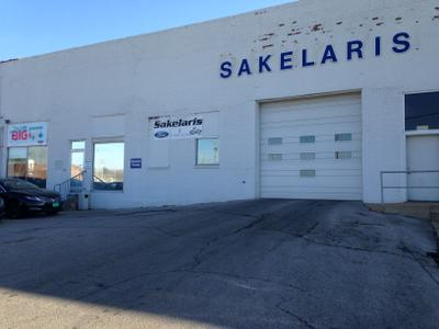 Sakelaris Ford Lincoln of Rolla Image 3