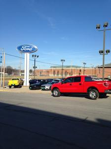Sakelaris Ford Lincoln of Rolla Image 9