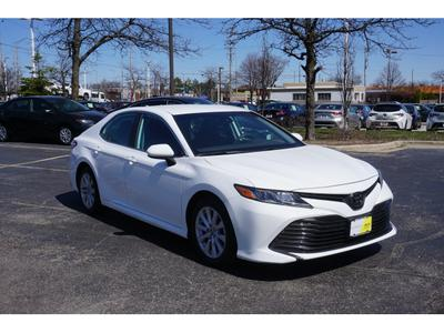 Toyota Camry 2019 for Sale in Schaumburg, IL