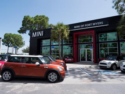 MINI of Fort Myers Image 6