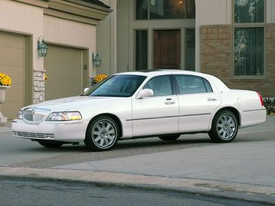 2004 Lincoln Town Car Signature for sale VIN: 1LNHM81W64Y615969