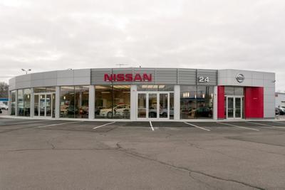 Nissan 24 Image 4