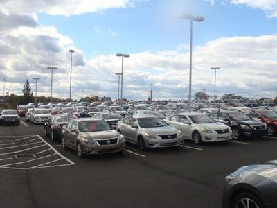 Tom Hesser Nissan LLC Image 2