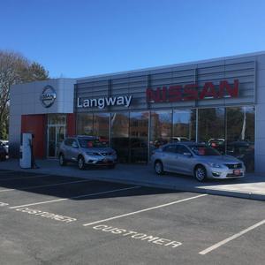 Langway Nissan of Newport Image 1