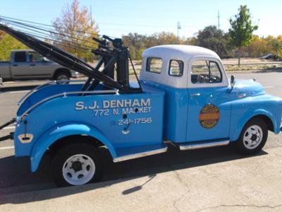 SJ Denham Chrysler Jeep Fiat Image 2