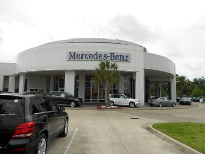 Mercedes-Benz of Clear Lake Image 9
