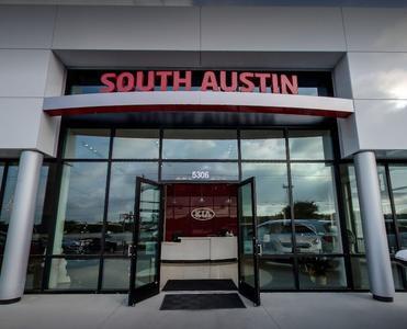 KIA of South Austin Image 5