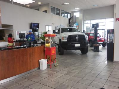 Folsom Lake Chrysler Dodge Jeep Ram Image 3