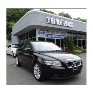 Glen Cove Volvo Cars Image 2