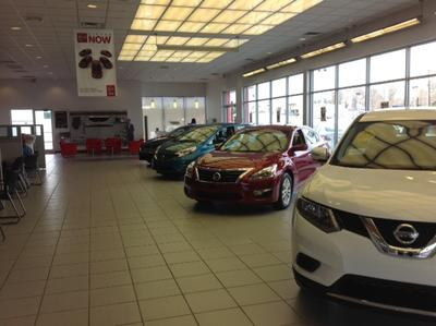 Fenton Nissan of Knoxville Image 9