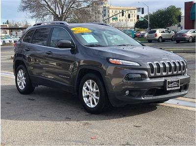 Jeep Cherokee 2017 for Sale in Merced, CA