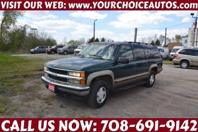 Chevrolet Suburban 1997 for Sale in Posen, IL