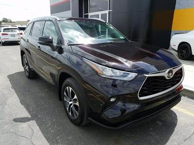Toyota Highlander 2020 for Sale in Monaca, PA