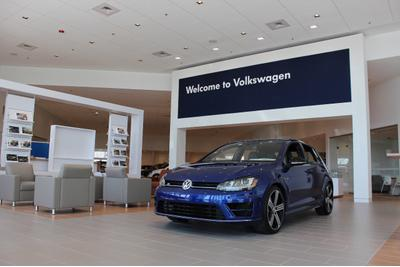 AutoFair Volkswagen of Nashua Image 7