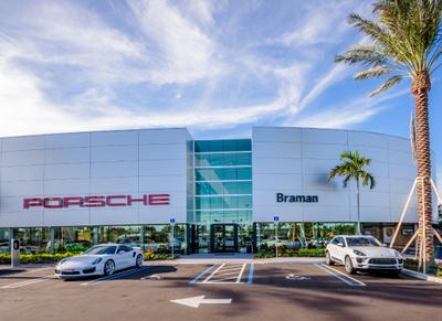 Porsche West Palm Beach Image 6