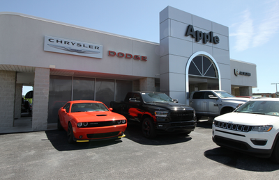 Apple Chrysler Dodge Jeep RAM Hanover Image 8