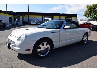 Ford Thunderbird 2002 for Sale in Escondido, CA