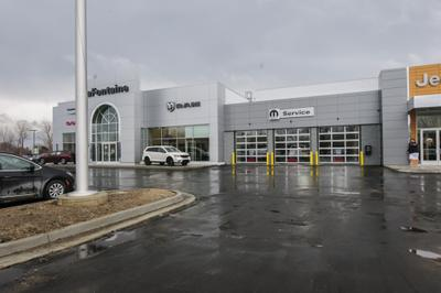 LaFontaine Chrysler Jeep Dodge RAM Fenton Image 3