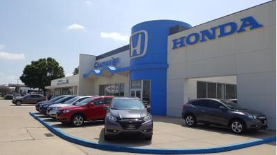 Honda & BMW of Champaign Image 2