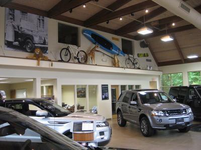 Jaguar Land Rover Darien Image 3