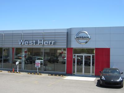 West Herr Nissan of Lockport Image 5