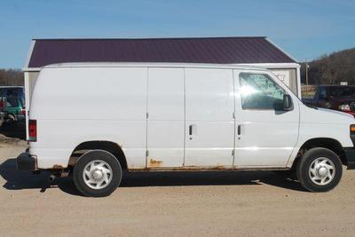 Ford E150 2008 a la venta en Iron Ridge, WI