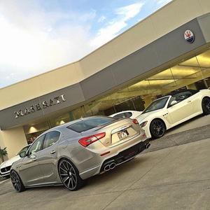 Alfa Romeo, Bentley, Maserati & Rolls-Royce Motor Cars by O'Gara Westlake Image 2