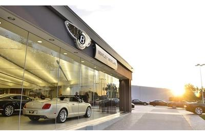 Alfa Romeo, Bentley, Maserati & Rolls-Royce Motor Cars by O'Gara Westlake Image 9