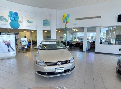 Byers Volkswagen by the Airport Image 2