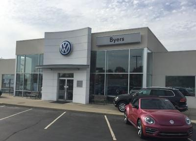 Byers Volkswagen by the Airport Image 3