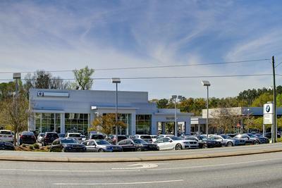 Capital BMW Image 8