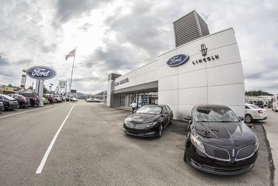 Smail Ford Lincoln Image 1