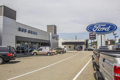 Smail Ford Lincoln Image 2