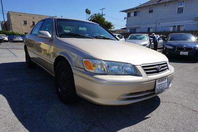 2001 Toyota Camry LE V6 image