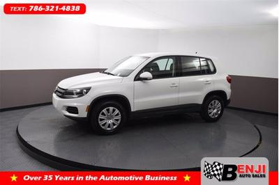 Volkswagen Tiguan Limited 2017 for Sale in Hollywood, FL