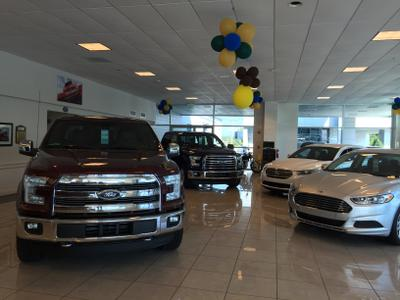 Ted Russell Ford Lincoln Kingston Pike Image 5
