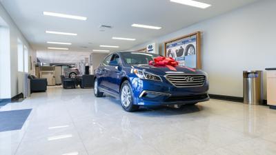 Tuttle Click Hyundai Image 6