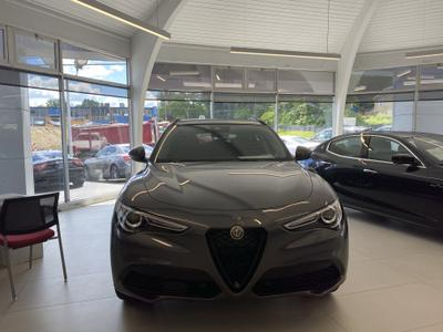 Todd Maserati Alfa Romeo of Danbury Image 4