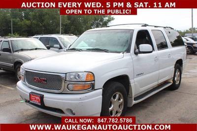 GMC Yukon XL 2001 for Sale in Waukegan, IL