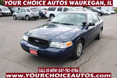 Ford Crown Victoria 2004 for Sale in Waukegan, IL