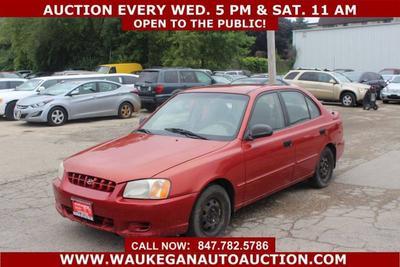 Hyundai Accent 2000 for Sale in Waukegan, IL