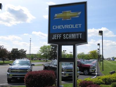 Jeff Schmitt Chevrolet East Image 5