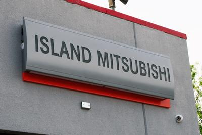 Island Mitsubishi Image 2