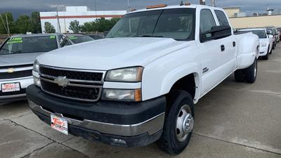 Chevrolet Silverado 3500 2007 for Sale in Des Moines, IA