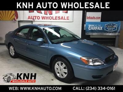 Ford Taurus 2005 for Sale in Akron, OH
