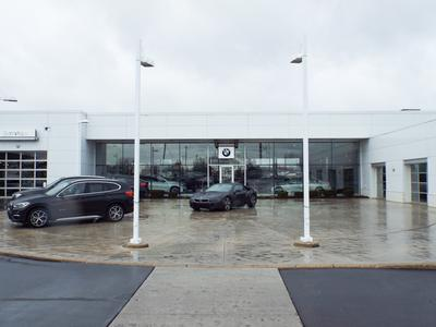 BMW of Milwaukee North Image 5