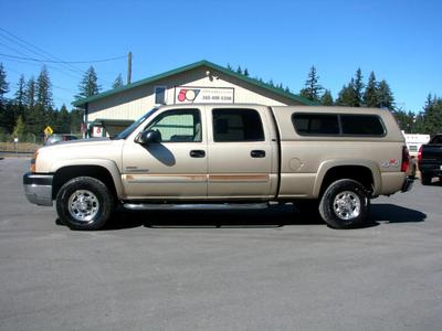 Chevrolet Silverado 2500 2004 for Sale in Roy, WA