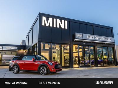 BMW, Mini of Wichita Image 3