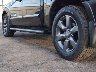 Nissan Titan 2015 for Sale in Las Vegas, NV